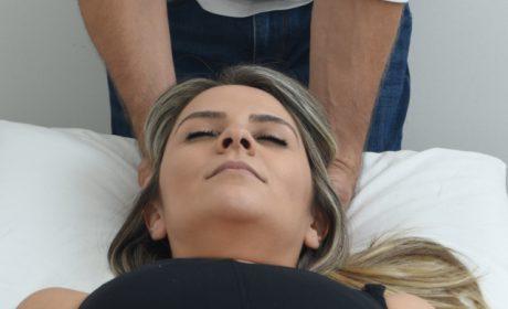 טיפול טבעי בכאבי ראש בקליניקה של עידן לוי